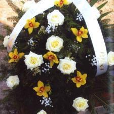 Kwiaty pogrzebowe biało-żółte